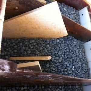 Usine en Égypte - Transformation de blocs et tranches en dalles pour sols extérieurs et intérieurs