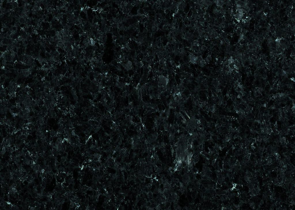 Pierre en granit noir d'Angola