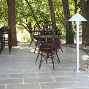Terrasse en pierre naturelle Cèdre Gray