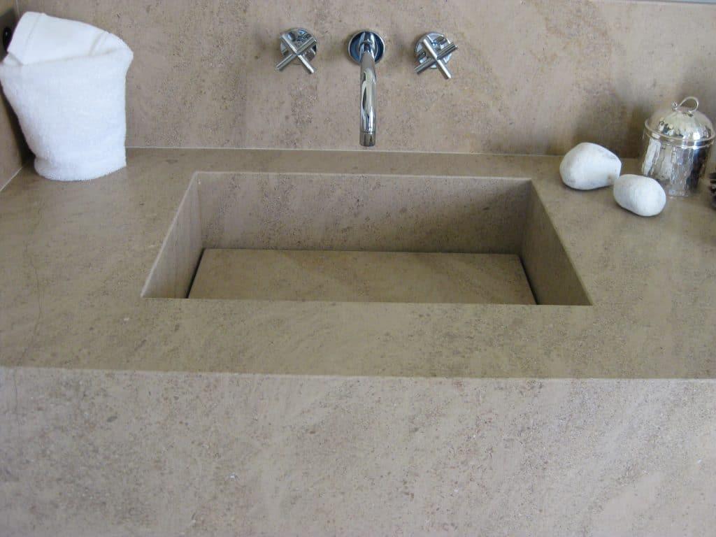 Pierre pour salle de bain - Vasque en pierre calcaire d'Egypte