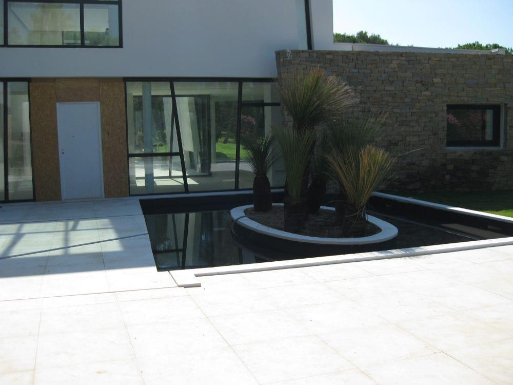 aménagement extérieur en pierre