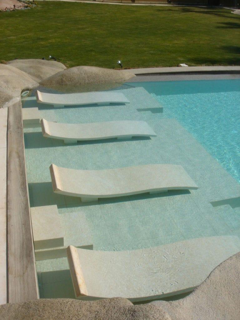 Aménagement des abords de piscine, pièce spéciale sur mesure