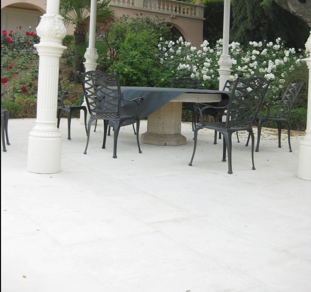 La belle terrasse en Cèdre Gray finition sablée