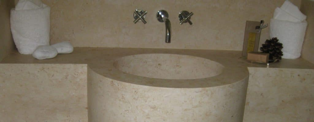 Vasque de salle de bain en pierre