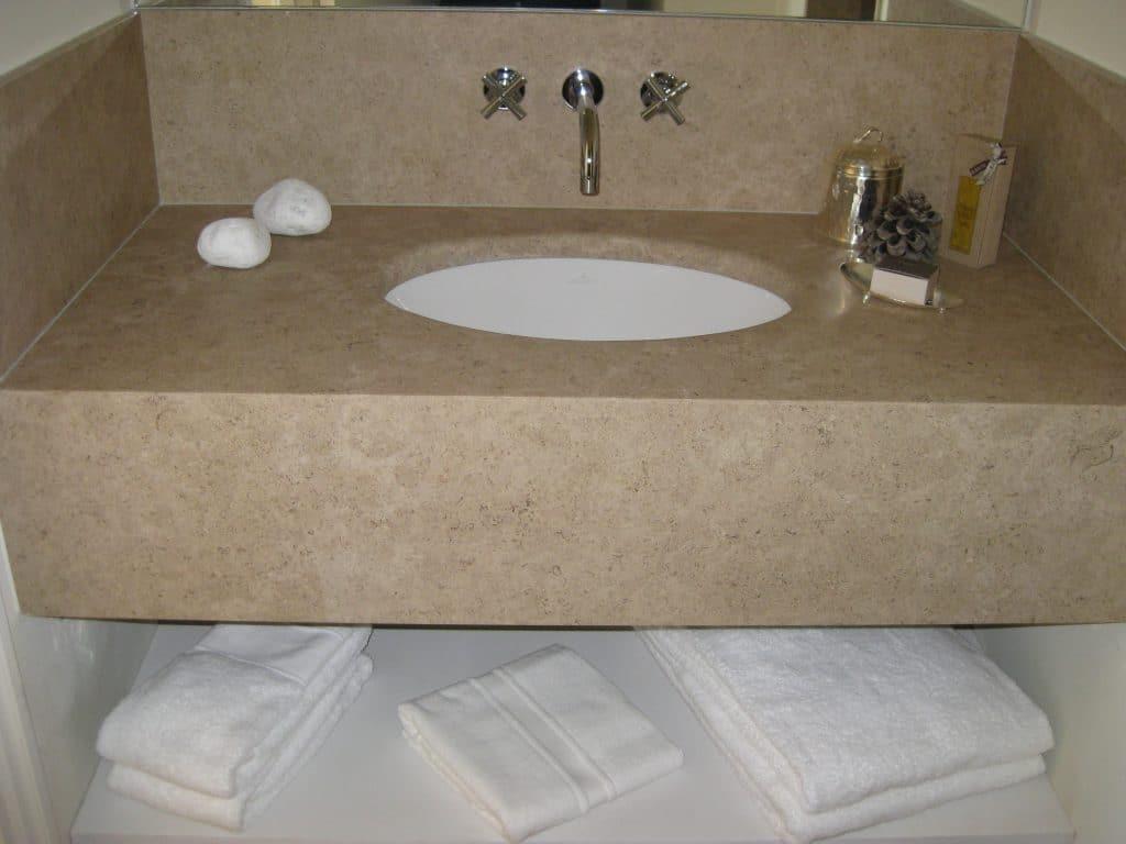 Pierre pour salle de bain - Plan de vasque en pierre calcaire dure